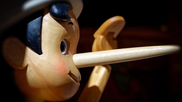 Pinocchios lange Nase - Symbolbild für Fake News