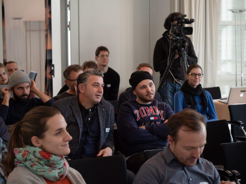 Publikum und Kamera