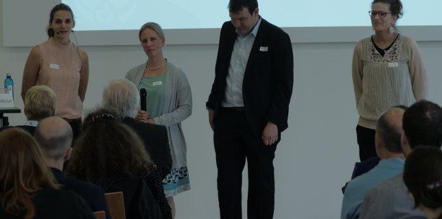 die Koordinator*innen von InnoBar, von links nach rechts: Sanja Grimminger, Dr. Sarah Voß-Nakkour (beide Goethe-Universität), Andreas Deitmer (BLiZ Gießen) und Linda Rustemeier (Goethe-Universität)